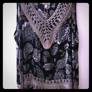 Pleated, cutout, sleeveless blouse